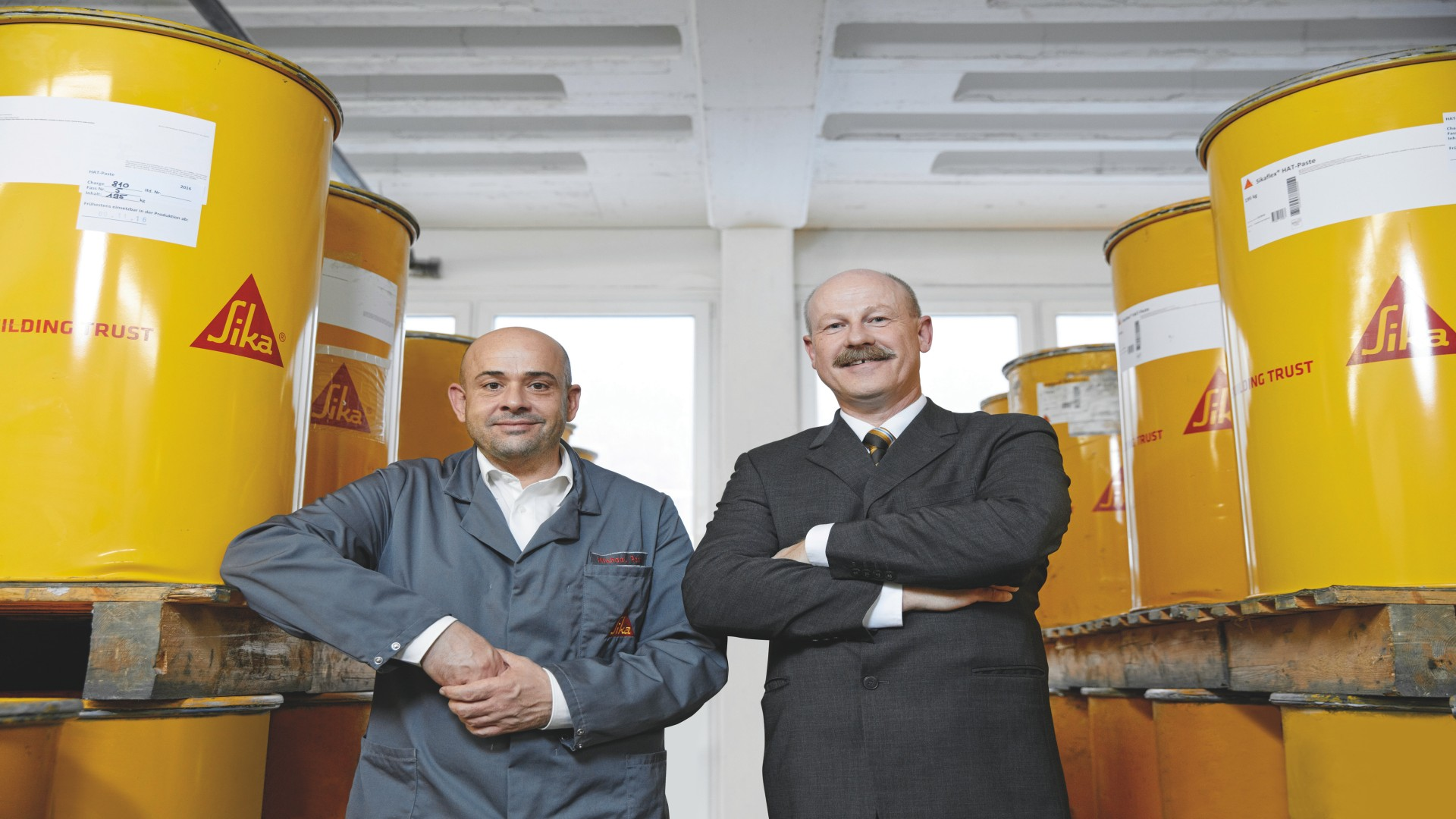 Michael Rath, plant manager at the Bad Urach site and Atilla Böhm, fleet manager