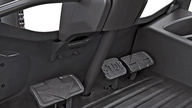 Дизельные и газовые погрузчики Linde H20-35 – серия 1202 - картинка 3_ic_truck-h20_h35-1202-twin_pedal-00017_16x9w640.jpg